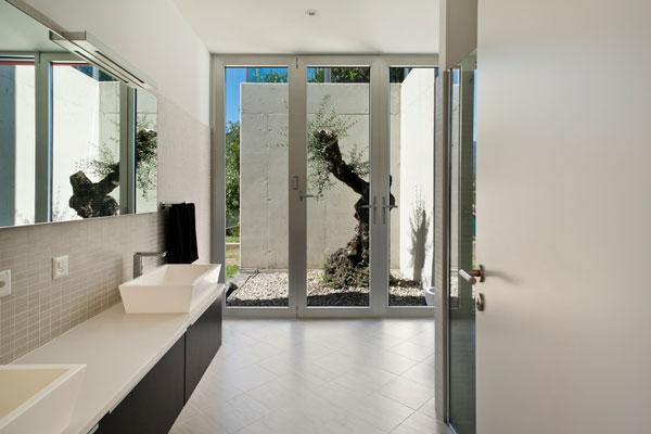 Aluminum doors photo